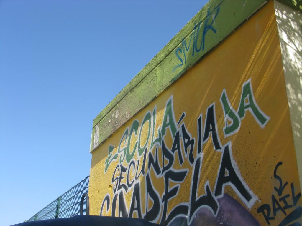 Efter årskurs 4 är det Escola Secundária i Cascais som gäller
