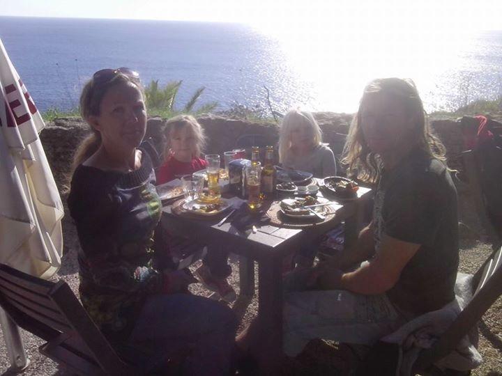 3/12 ifjol  firades med lunch på restaurang i Guia-parken utanför Lissabon.