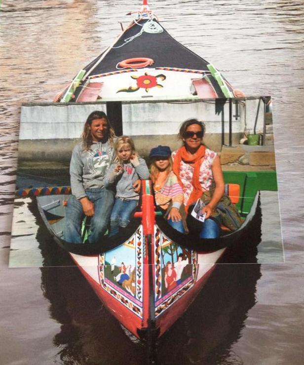 Typiska turister! Vi köpte till och med turistfotot (ganska dåligt fotomontage) av oss själva efter kanalturen!