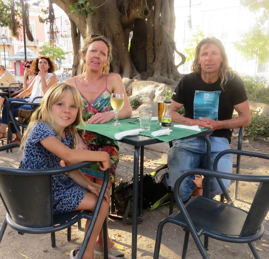 Fonte och Lisboa på kvällen juli 2015 070