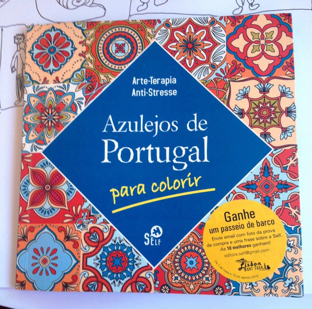Eller kanske en förgläggningsbok med portugisiskt kakelmönster?
