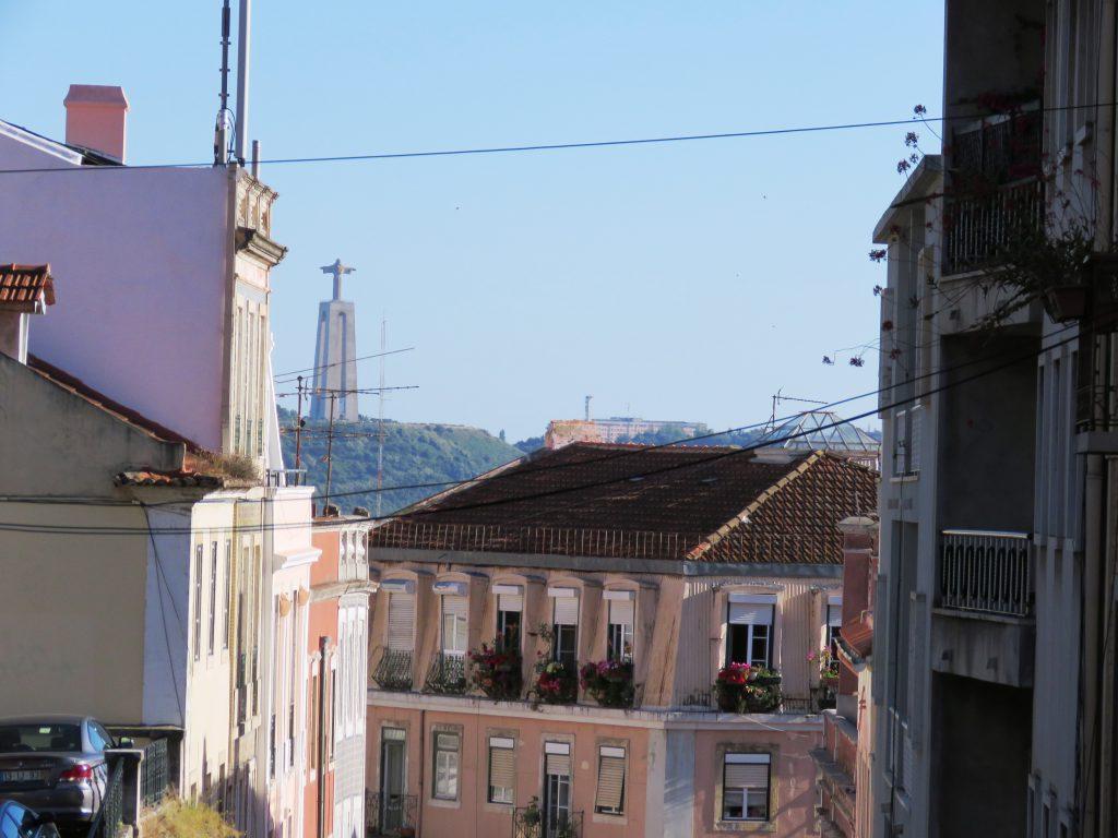 Jesusstaty finns i Lissabon också, så det så.