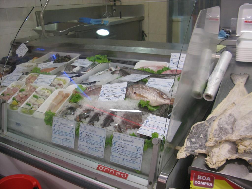 Fiskdisk och torkad saltad torsk (bacalhau) såklart!