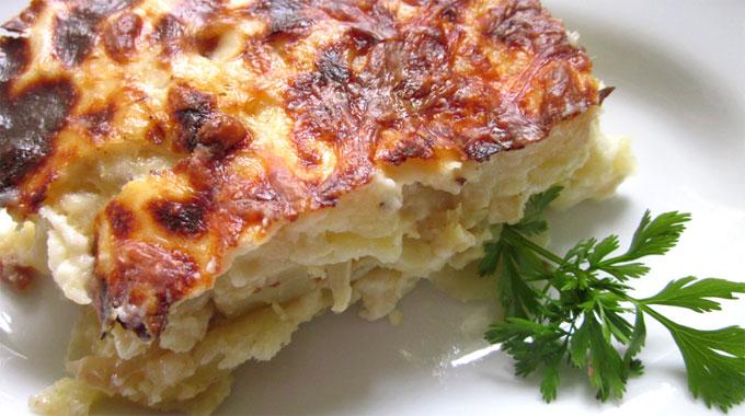 Bacalhau com natas - en sorts gratäng med potatis och grädde
