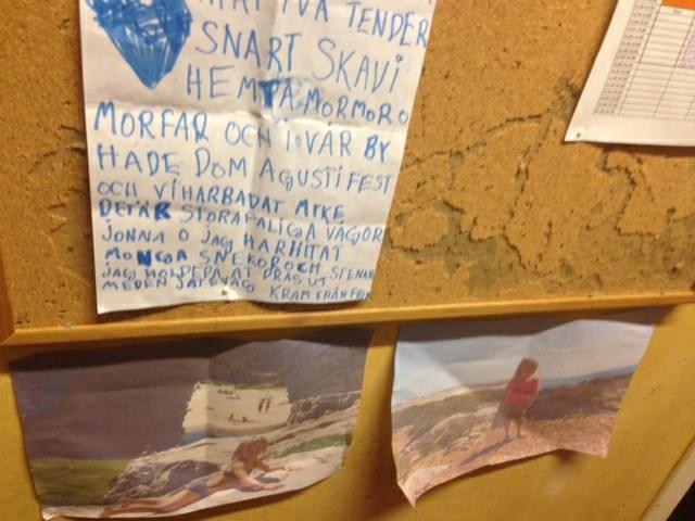 Fridas blev å Backeboskolans anslagstavla (Bild från Cissi)  Innan hon lärde sig förstklassig portugisisk skrivstil!