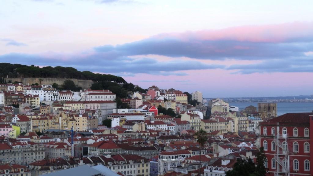 Fonte och Lisboa på kvällen juli 2015 120