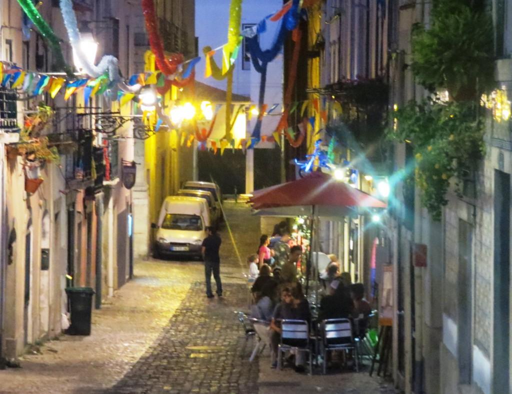 Fonte och Lisboa på kvällen juli 2015 134