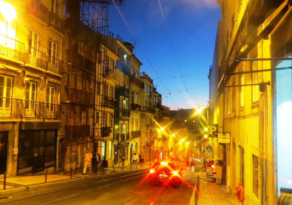 Fonte och Lisboa på kvällen juli 2015 145