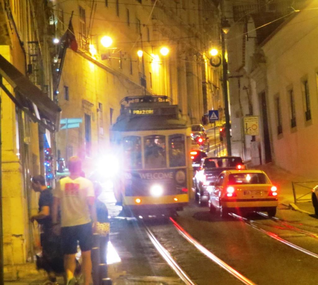 Fonte och Lisboa på kvällen juli 2015 150