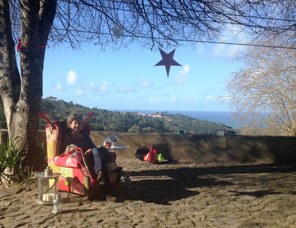 Fånig bild men fin fåtölj och fin utsikt. I Pé da Serra häromdagen.