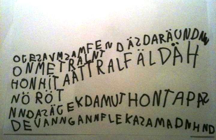 Eller ja, lite kunde hon skriva. Med början nedifrån vänster.