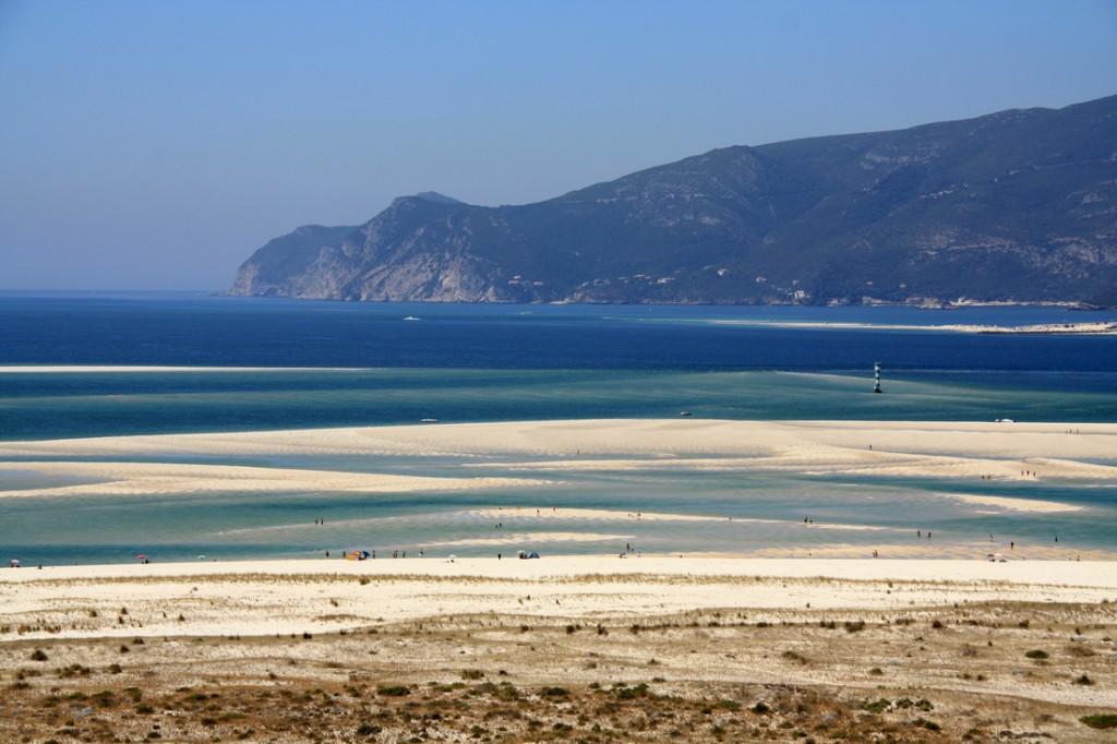 Troia, milslånga stränder, bara 8 mil härifrån. (Lånade bilder eftersom vi inte kommit iväg dit!)