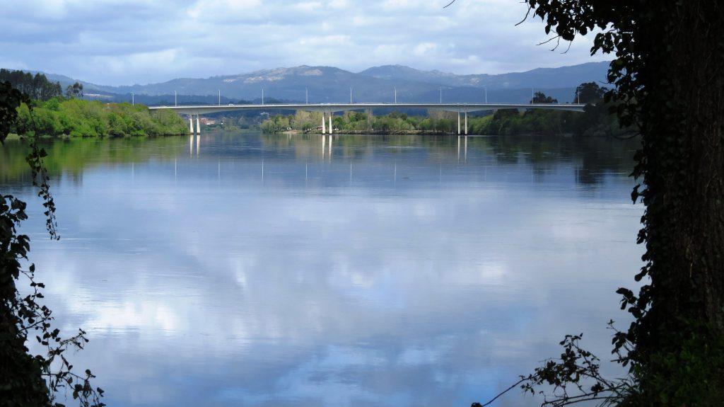Bron över till Spanien