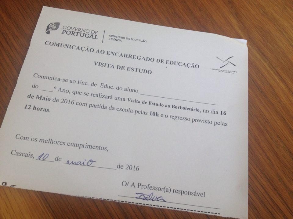 Viktig lapp! Den har till och med portugals regerings logga i hörnet, som alla andra papper från skolan. Det tycker jag är tjusigt.